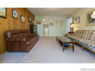 Photo 11: 829 Leota Pl in VICTORIA: SE Cordova Bay House for sale (Saanich East)  : MLS®# 742454