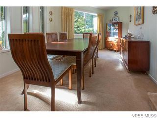 Photo 9: 829 Leota Pl in VICTORIA: SE Cordova Bay House for sale (Saanich East)  : MLS®# 742454