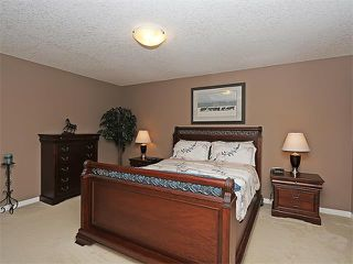 Photo 18: 43 SAGE BERRY Place NW in Calgary: Sage Hill House for sale : MLS®# C4087714