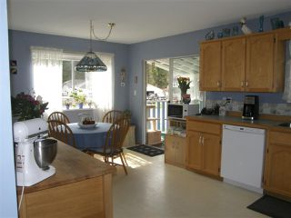 Photo 4: 21141 LAKEVIEW Crescent in Hope: Hope Kawkawa Lake House for sale : MLS®# R2154729