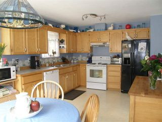 Photo 6: 21141 LAKEVIEW Crescent in Hope: Hope Kawkawa Lake House for sale : MLS®# R2154729