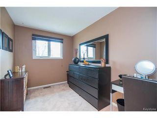 Photo 7: 66 Piney Crescent in Winnipeg: Maples Residential for sale (4H)  : MLS®# 1709265