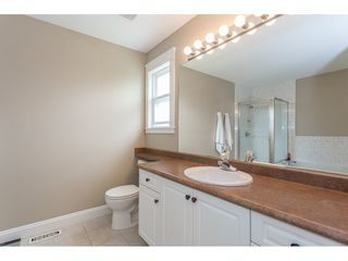 """Photo 10: 5098 215 Street in Langley: Murrayville House for sale in """"Murrayville"""" : MLS®# R2170042"""