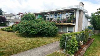 Photo 1: 45881 LEWIS Avenue in Chilliwack: Chilliwack N Yale-Well House Fourplex for sale : MLS®# R2189424
