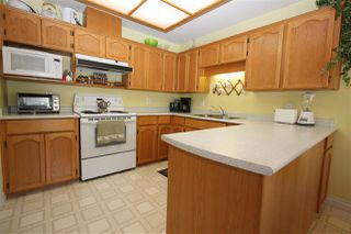 """Photo 4: 5 2988 HORN Street in Abbotsford: Central Abbotsford Townhouse for sale in """"Creekside Park"""" : MLS®# R2193162"""
