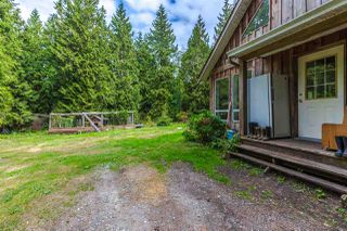 Main Photo: 1457 NORTH Road in Gibsons: Gibsons & Area House for sale (Sunshine Coast)  : MLS®# R2204625