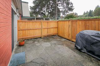 "Photo 9: 603 WESTVIEW Place in North Vancouver: Upper Lonsdale Townhouse for sale in ""Cypress Gardens"" : MLS®# R2211101"