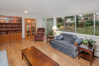 "Photo 2: 603 WESTVIEW Place in North Vancouver: Upper Lonsdale Townhouse for sale in ""Cypress Gardens"" : MLS®# R2211101"