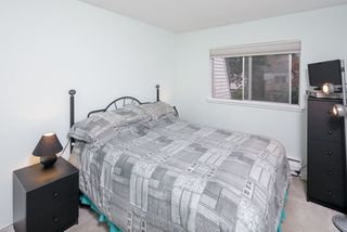 """Photo 17: 603 WESTVIEW Place in North Vancouver: Upper Lonsdale Townhouse for sale in """"Cypress Gardens"""" : MLS®# R2211101"""