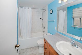 "Photo 14: 603 WESTVIEW Place in North Vancouver: Upper Lonsdale Townhouse for sale in ""Cypress Gardens"" : MLS®# R2211101"
