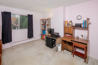 "Photo 15: 603 WESTVIEW Place in North Vancouver: Upper Lonsdale Townhouse for sale in ""Cypress Gardens"" : MLS®# R2211101"