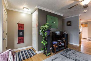 Photo 3: 536 BRACEWOOD Drive SW in Calgary: Braeside House for sale : MLS®# C4143497
