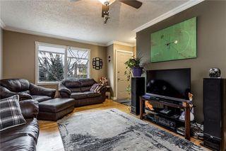 Photo 2: 536 BRACEWOOD Drive SW in Calgary: Braeside House for sale : MLS®# C4143497