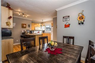 Photo 6: 536 BRACEWOOD Drive SW in Calgary: Braeside House for sale : MLS®# C4143497