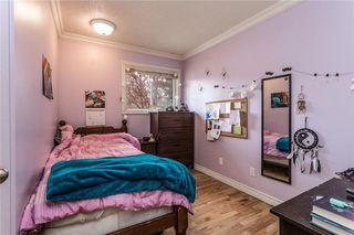 Photo 14: 536 BRACEWOOD Drive SW in Calgary: Braeside House for sale : MLS®# C4143497