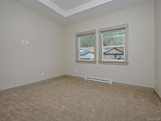 Photo 10: 13 Massey Pl in : VR Six Mile Row/Townhouse for sale (View Royal)  : MLS®# 777606