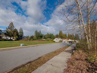 """Photo 8: Lot 40 AURORA Way in Gibsons: Gibsons & Area Land for sale in """"AURORA ESTATES"""" (Sunshine Coast)  : MLS®# R2243908"""