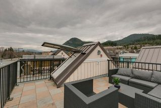 "Photo 18: 317 41105 TANTALUS Road in Squamish: Tantalus Condo for sale in ""Galleries"" : MLS®# R2250310"