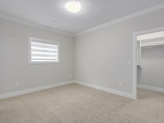 """Photo 15: 18415 59A Avenue in Surrey: Cloverdale BC House for sale in """"CLOVERDALE"""" (Cloverdale)  : MLS®# R2251135"""