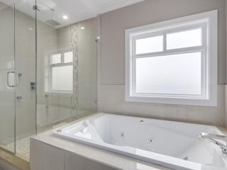 """Photo 12: 18415 59A Avenue in Surrey: Cloverdale BC House for sale in """"CLOVERDALE"""" (Cloverdale)  : MLS®# R2251135"""