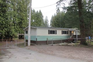 Photo 2: 63873 TOM BERRY Road in Hope: Hope Silver Creek Manufactured Home for sale : MLS®# R2254433