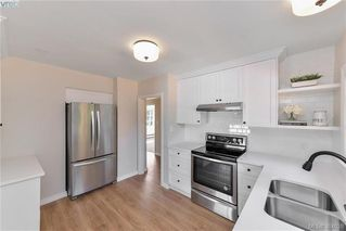 Photo 2: 1654 Feltham Rd in VICTORIA: SE Mt Doug House for sale (Saanich East)  : MLS®# 771908