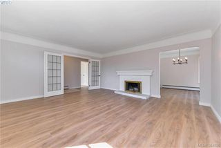 Photo 5: 1654 Feltham Rd in VICTORIA: SE Mt Doug House for sale (Saanich East)  : MLS®# 771908