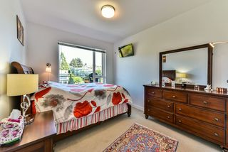 "Photo 11: 512 221 E 3RD Street in North Vancouver: Lower Lonsdale Condo for sale in ""ORIZON"" : MLS®# R2276103"