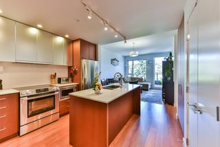 "Photo 4: 512 221 E 3RD Street in North Vancouver: Lower Lonsdale Condo for sale in ""ORIZON"" : MLS®# R2276103"