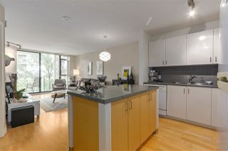 "Photo 7: 405 175 W 1ST Street in North Vancouver: Lower Lonsdale Condo for sale in ""The TIME Building"" : MLS®# R2283480"