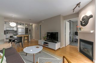 "Photo 6: 405 175 W 1ST Street in North Vancouver: Lower Lonsdale Condo for sale in ""The TIME Building"" : MLS®# R2283480"