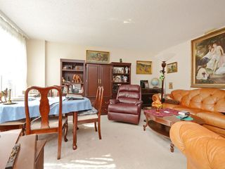 "Photo 3: 501 1845 ROBSON Street in Vancouver: West End VW Condo for sale in ""SUNDIAL PLACE"" (Vancouver West)  : MLS®# R2294334"