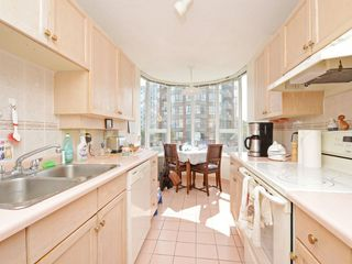 "Photo 6: 501 1845 ROBSON Street in Vancouver: West End VW Condo for sale in ""SUNDIAL PLACE"" (Vancouver West)  : MLS®# R2294334"