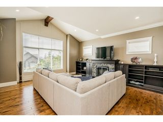 "Photo 4: 3504 APPLEWOOD Drive in Abbotsford: Abbotsford East House for sale in ""The Highlands"" : MLS®# R2310301"