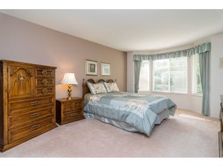 "Photo 11: 170 20391 96 Avenue in Langley: Walnut Grove Townhouse for sale in ""Chelsea Green"" : MLS®# R2314895"