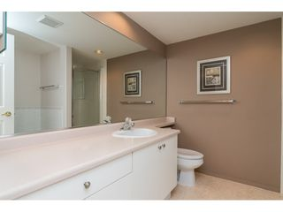 "Photo 13: 170 20391 96 Avenue in Langley: Walnut Grove Townhouse for sale in ""Chelsea Green"" : MLS®# R2314895"