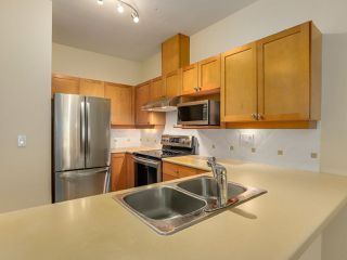 "Photo 6: 409 5605 HAMPTON Place in Vancouver: University VW Condo for sale in ""PEMBERLEY"" (Vancouver West)  : MLS®# R2328594"