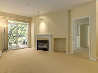 "Photo 2: 409 5605 HAMPTON Place in Vancouver: University VW Condo for sale in ""PEMBERLEY"" (Vancouver West)  : MLS®# R2328594"