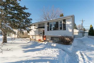Photo 1: 91 Robertson Crescent in Winnipeg: Bright Oaks Residential for sale (2C)  : MLS®# 1900063