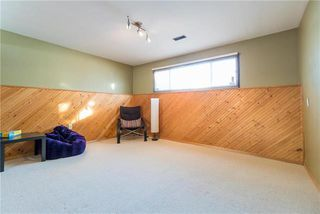 Photo 15: 91 Robertson Crescent in Winnipeg: Bright Oaks Residential for sale (2C)  : MLS®# 1900063