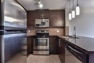 "Photo 2: 2007 888 CARNARVON Street in New Westminster: Downtown NW Condo for sale in ""Marinus at Plaza 88"" : MLS®# R2333675"