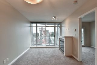 "Photo 7: 2007 888 CARNARVON Street in New Westminster: Downtown NW Condo for sale in ""Marinus at Plaza 88"" : MLS®# R2333675"