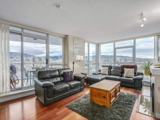 """Main Photo: 1702 2225 HOLDOM Avenue in Burnaby: Central BN Condo for sale in """"LEGACY TOWERS"""" (Burnaby North)  : MLS®# R2334353"""