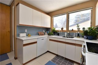 Photo 2: 2627 LIONEL Crescent SW in Calgary: Lakeview Detached for sale : MLS®# C4229156