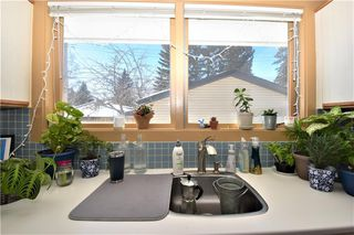Photo 9: 2627 LIONEL Crescent SW in Calgary: Lakeview Detached for sale : MLS®# C4229156