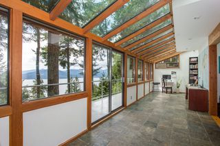 Photo 10: 380 TIMBERTOP Drive: Lions Bay House for sale (West Vancouver)  : MLS®# R2357408