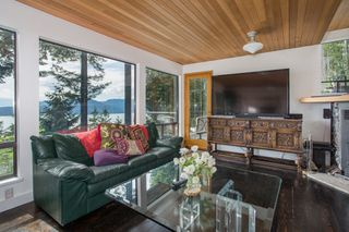 Photo 15: 380 TIMBERTOP Drive: Lions Bay House for sale (West Vancouver)  : MLS®# R2357408