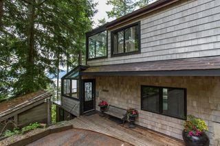 Photo 9: 380 TIMBERTOP Drive: Lions Bay House for sale (West Vancouver)  : MLS®# R2357408
