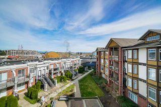 "Photo 11: 453 5660 201A Street in Langley: Langley City Condo for sale in ""Paddington Station"" : MLS®# R2356475"