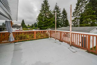 Photo 3: 3537 ST. ANNE Street in Port Coquitlam: Glenwood PQ House for sale : MLS®# R2359087